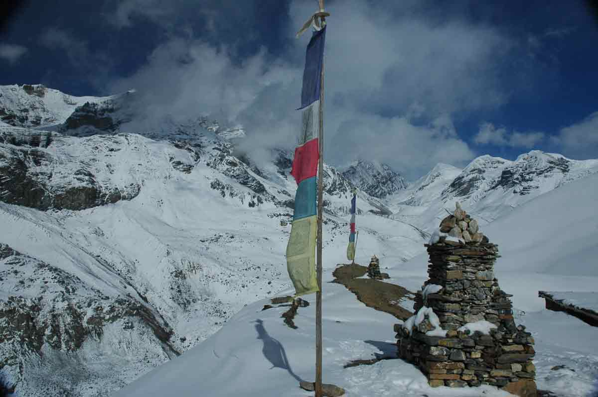 DAMODAR KUND & ASCENSION DU SARIBUNG - 6 346M