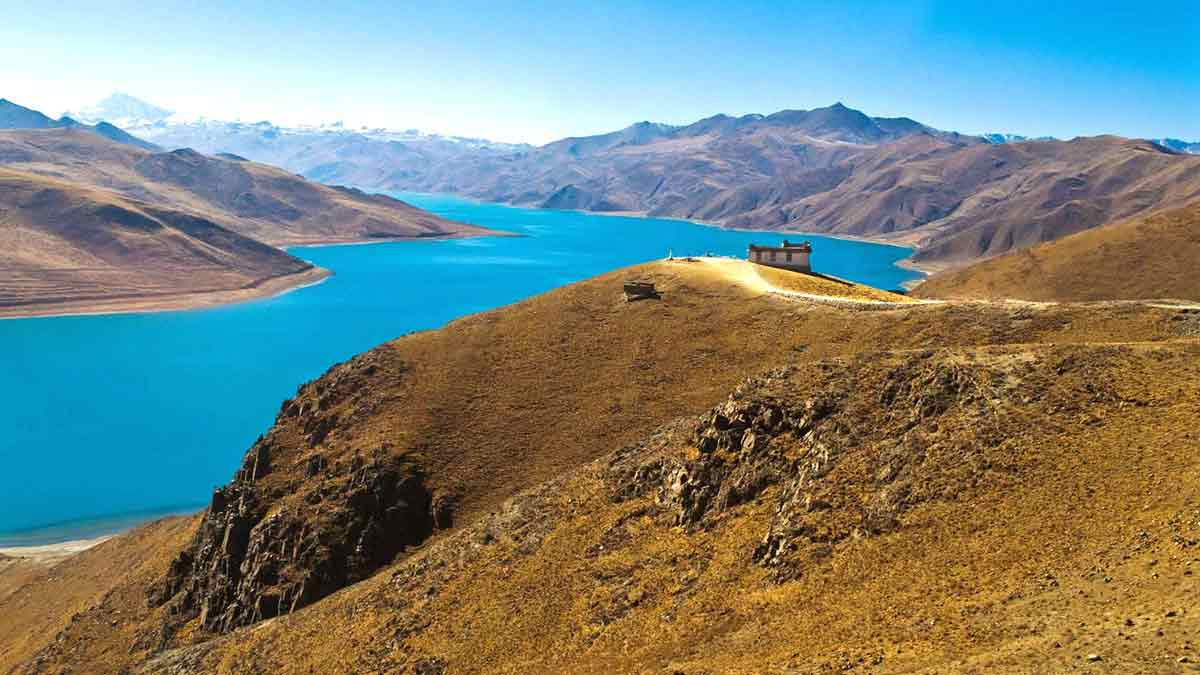 FROM GANDEN TO YAMDROK LAKE